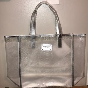 d017e3d987e2cb Women Michael Kors Clear Tote Bag on Poshmark